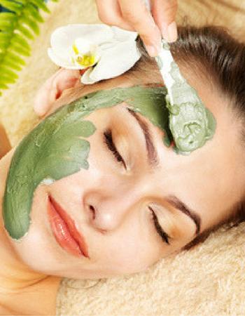 5 maschere di bellezza naturali per il viso da fare a casa